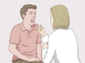Здравният специалист взима секрет, взет от проба, от устата на мъж.